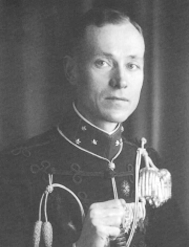 CALMEIJER in uniform